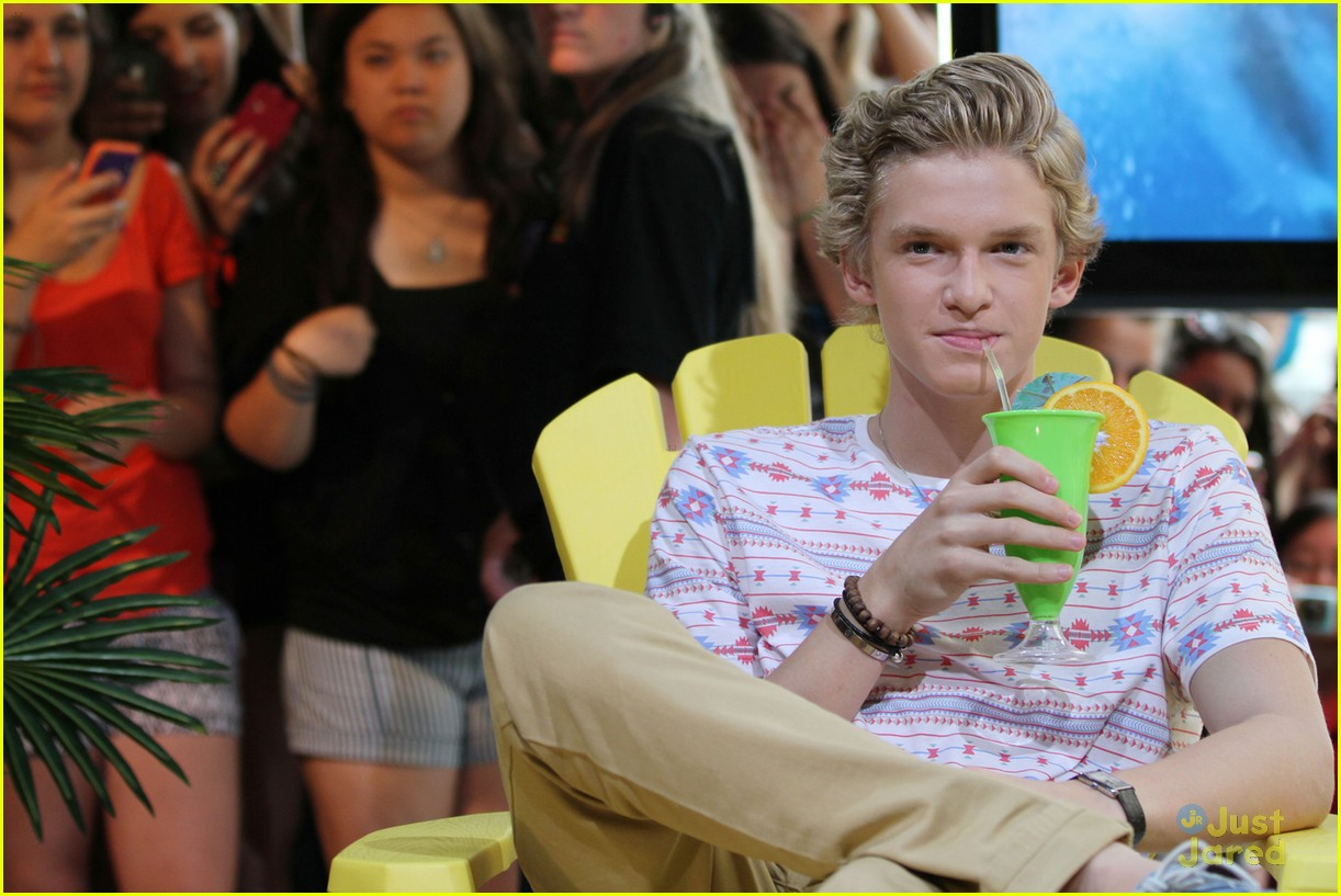 cody simpson musique man 02
