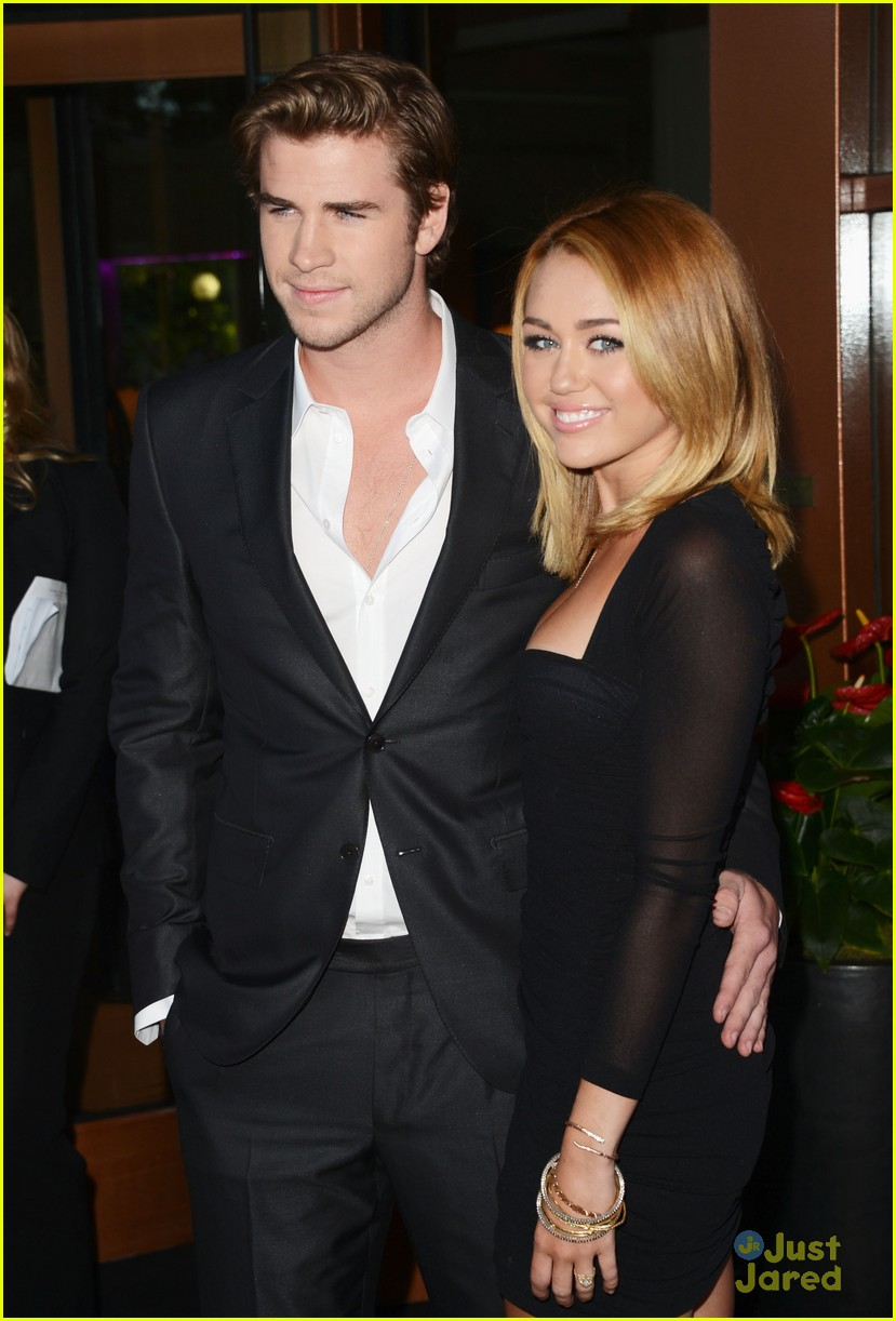 miley cyrus liam hemsworth australians in film awards 05