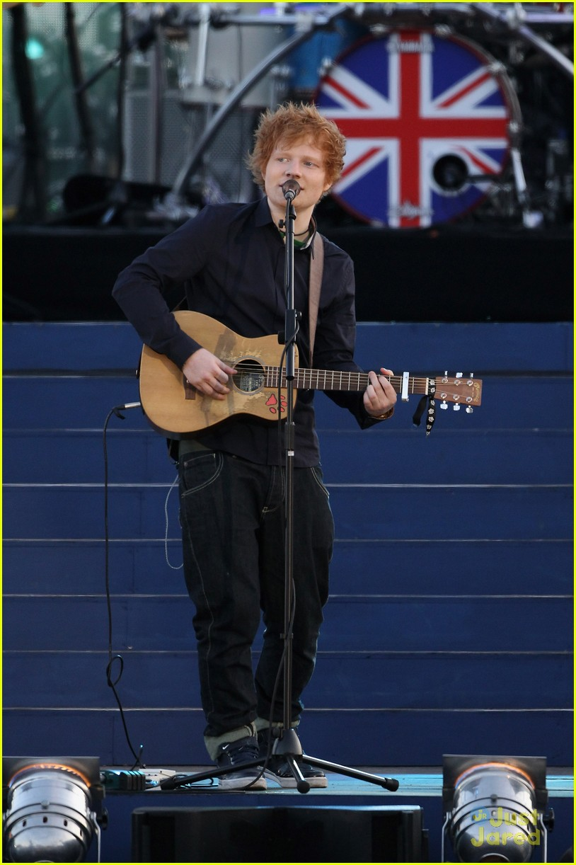 ed sheeran diamond jubilee concert 03