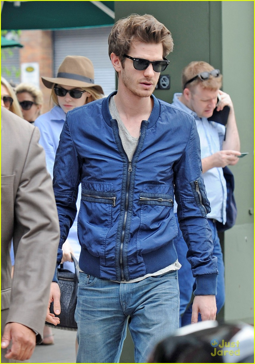 emma stone andrew garfield cookshop 02