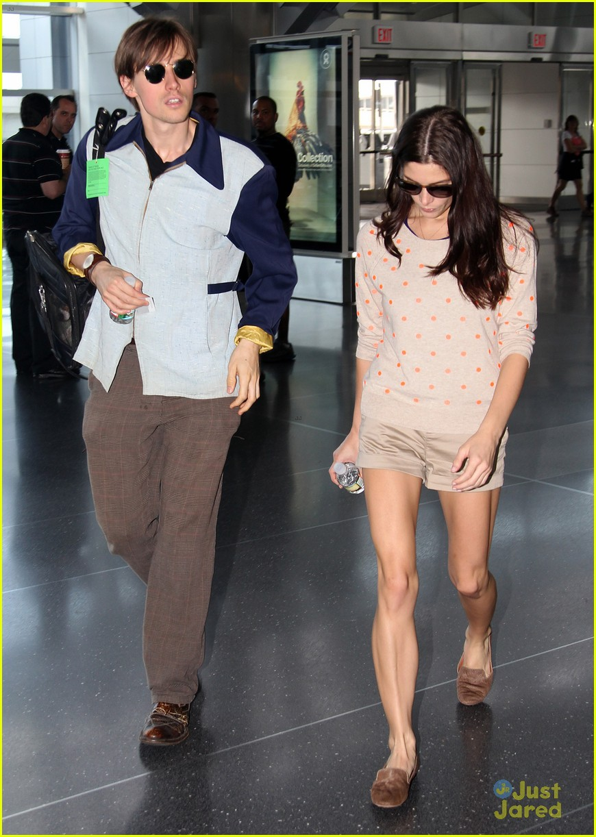 Ashley Greene & Reeve Carney Jet Off From JFK | Photo ...