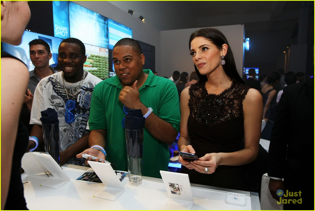 ashley greene samsung launch 06