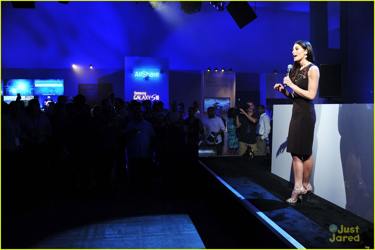 ashley greene samsung launch 08