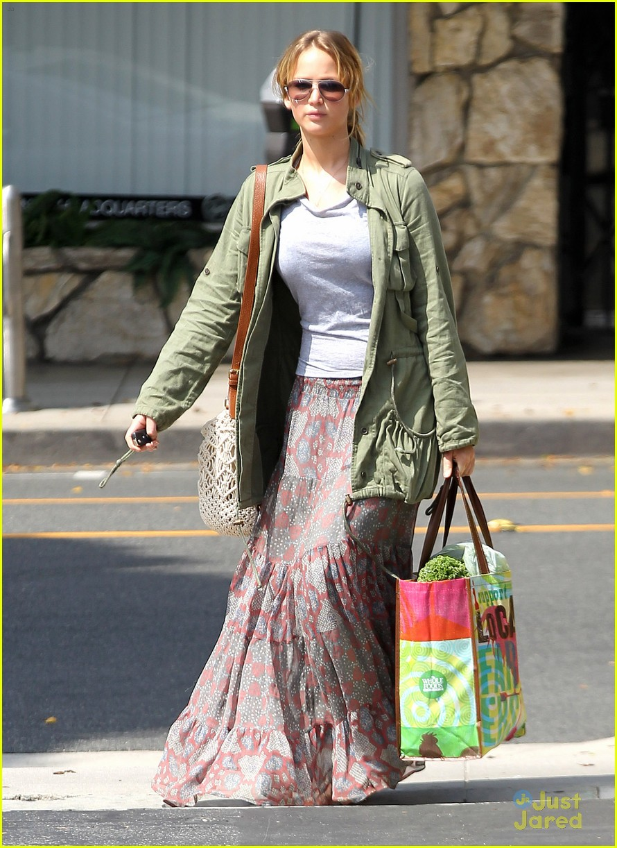 jennifer lawrence sunday shopping 04