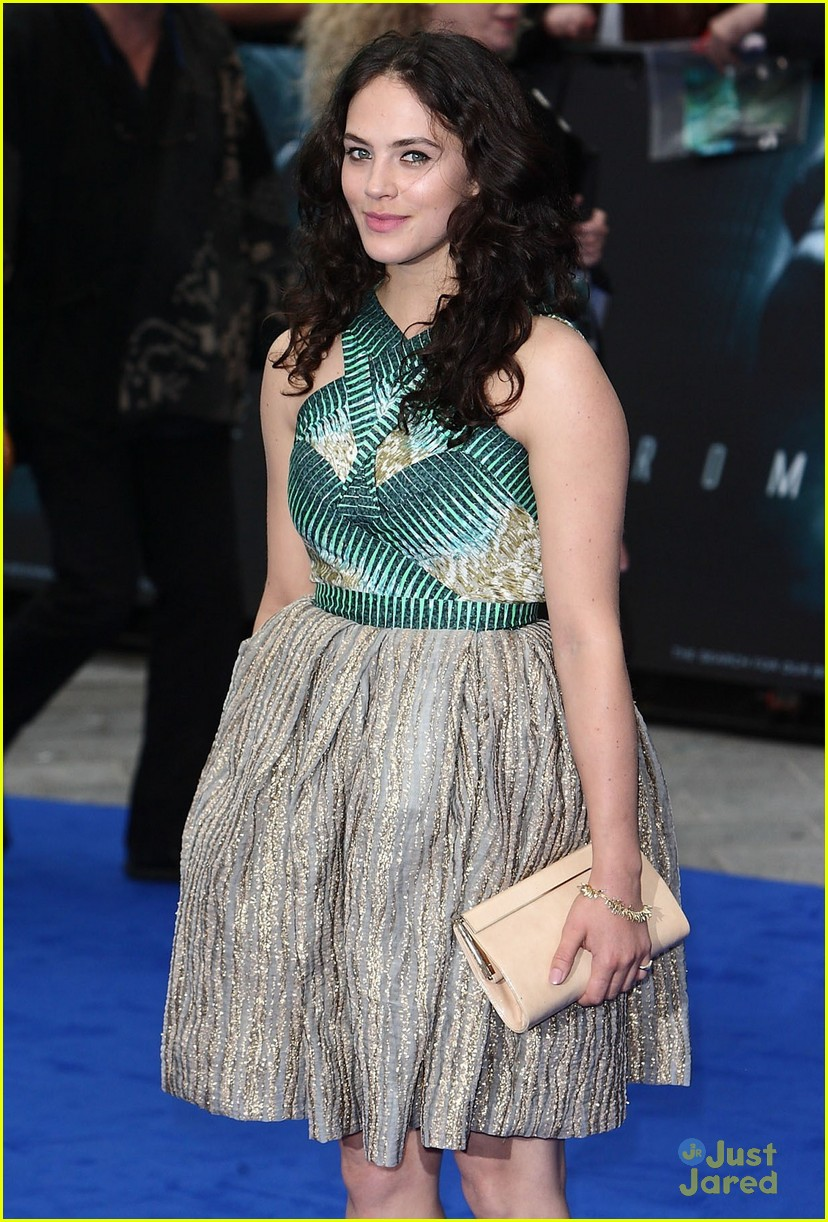 jessica brown findlay prometheus premiere 02