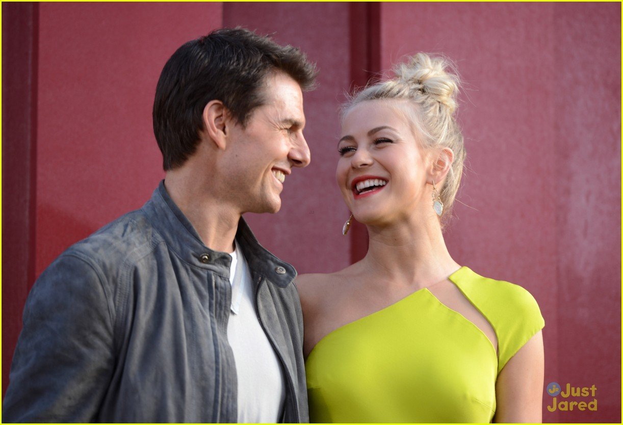 julianne hough roa la 05