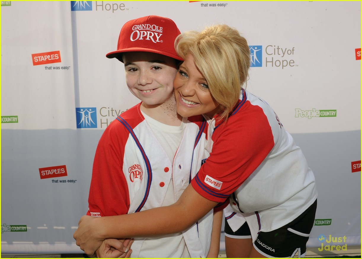 lauren alaina softball city hope 14