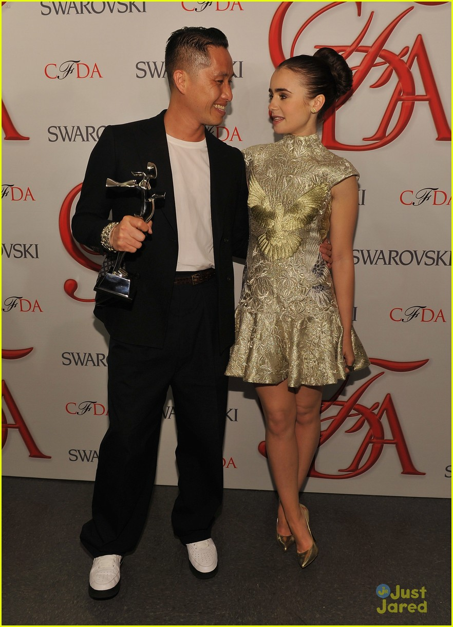 lily collins cfda awards 12