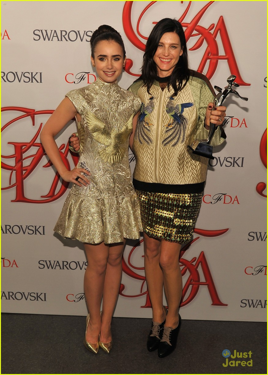 lily collins cfda awards 20