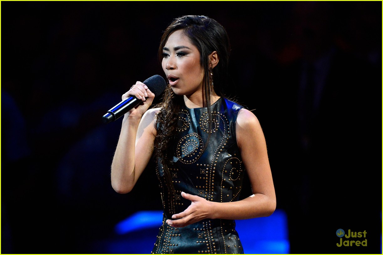 jessica sanchez cars land 05