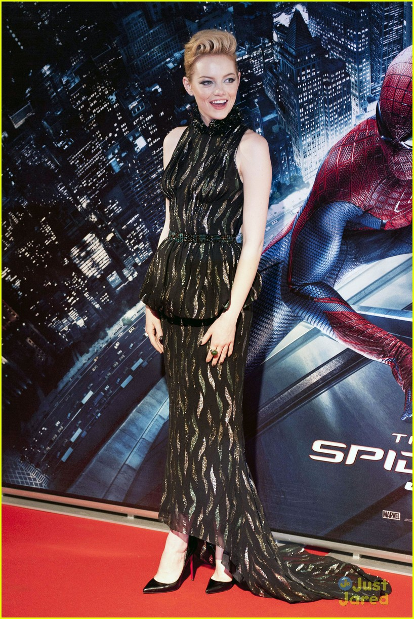 emma stone andrew garfield rome spiderman 10