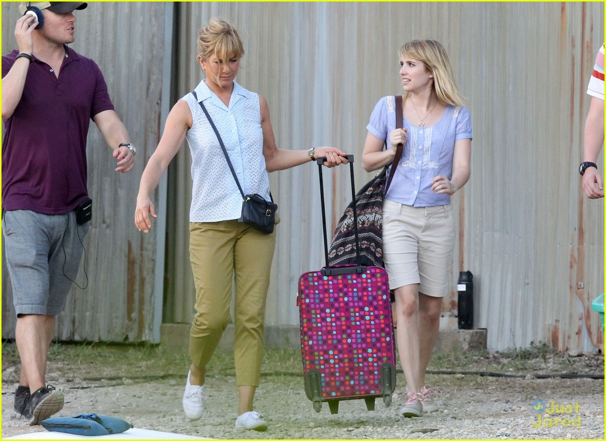 emma roberts will poulter millers set 08