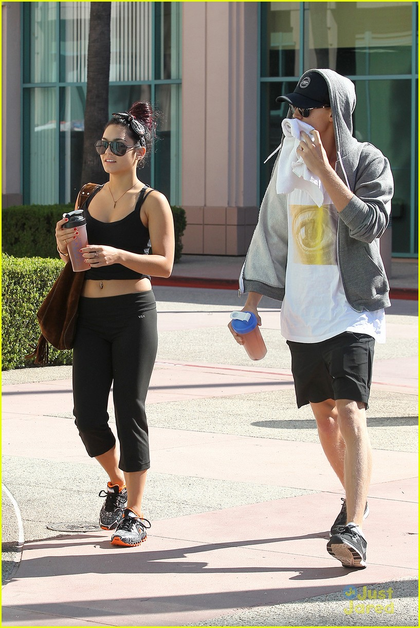vanessa hudgens work out austin 07