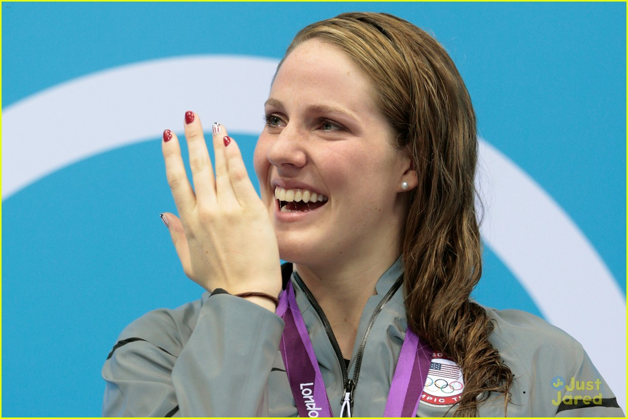 missy franklin wins gold 09