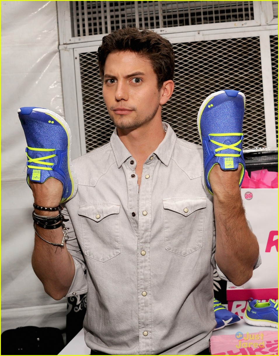 nikki reed jackson rathbone backstage creations 15