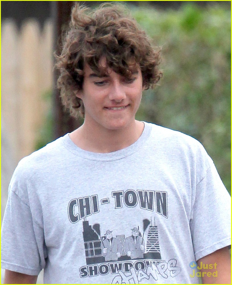 taylor swift conor kennedy mass 05