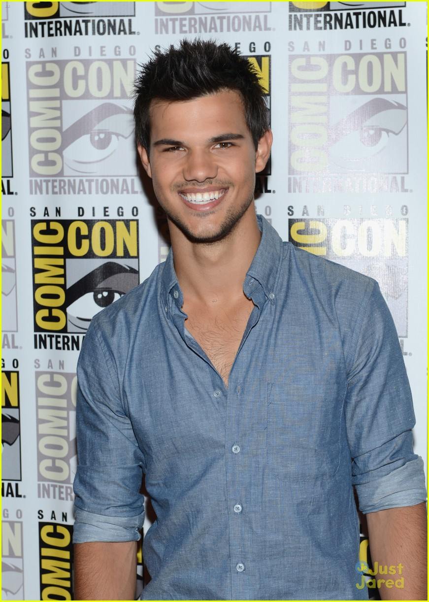 kristen stewart taylor lautner sdcc 03