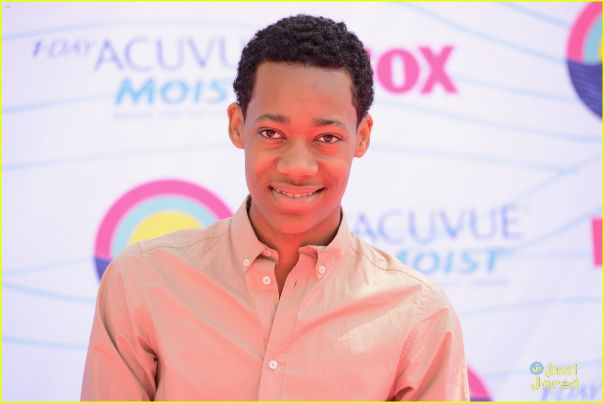 tyler williams coco jones tcas 04