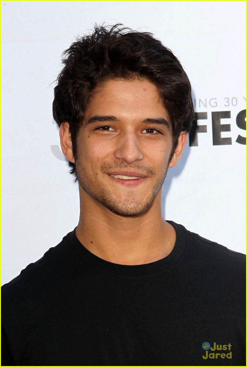 tyler posey harry shum white frog 08