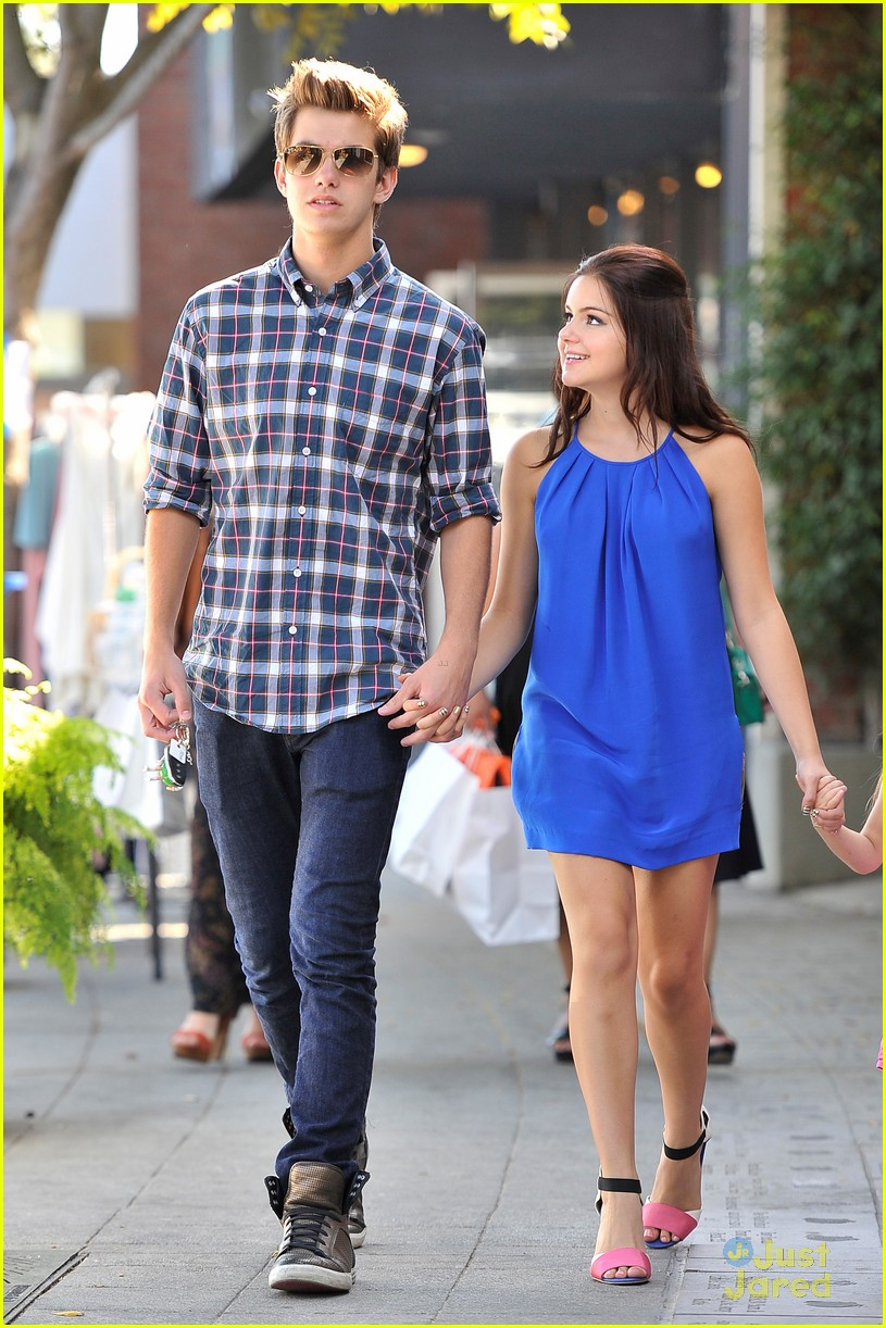 ariel winter cameron palatas bts event 01