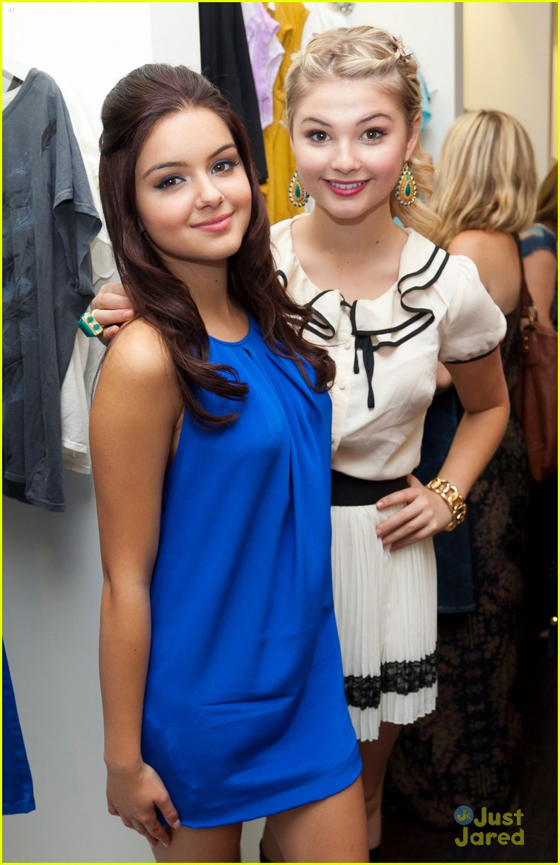 ariel winter cameron palatas bts event 03