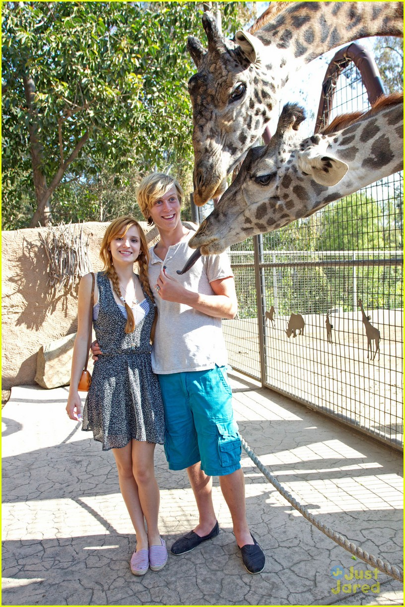 bella thorne san diego zoo 04