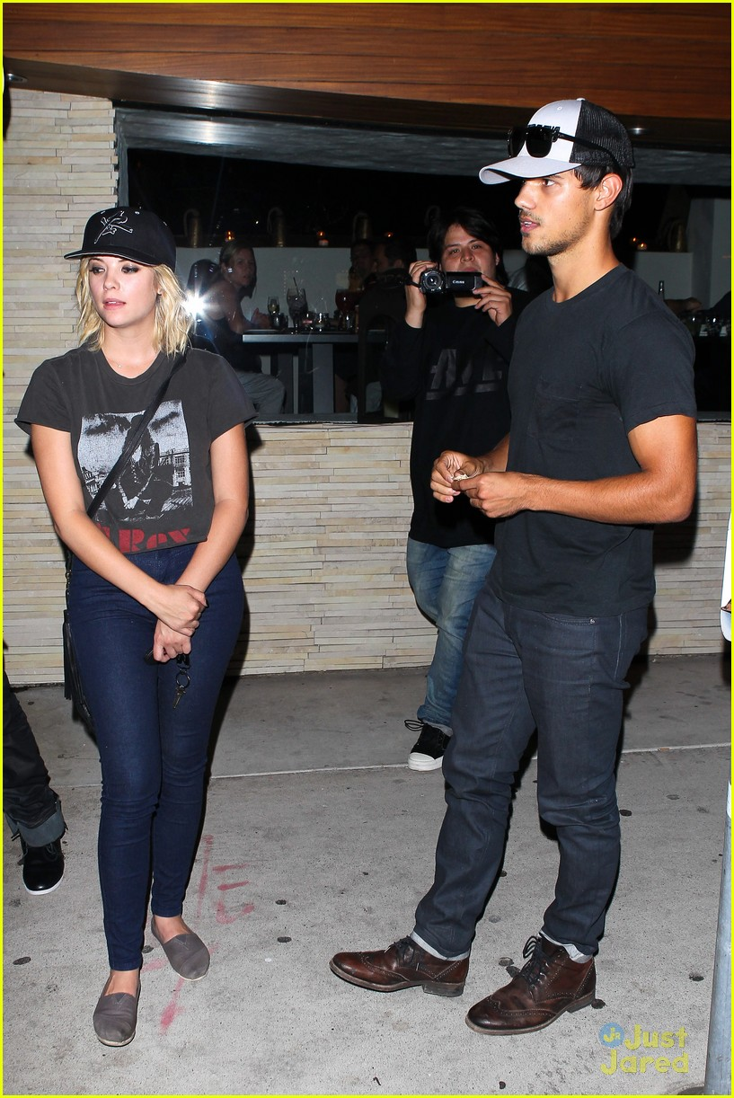 ashley benson taylor lautner red o 03