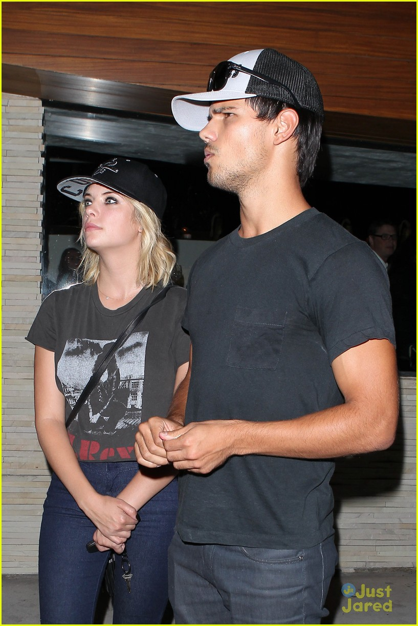 ashley benson taylor lautner red o 09