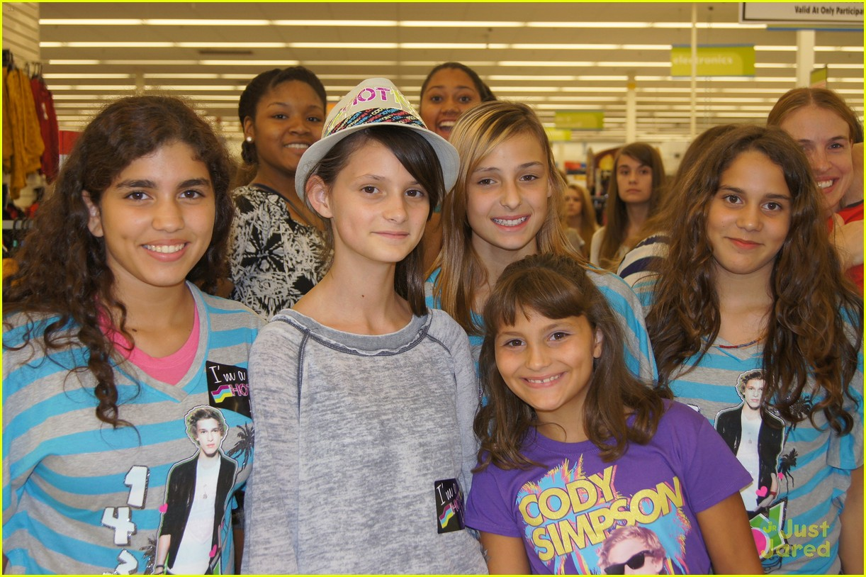 cody simpson kmart meet 05