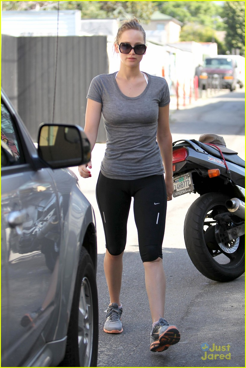 jennifer lawrence boxing gym 09