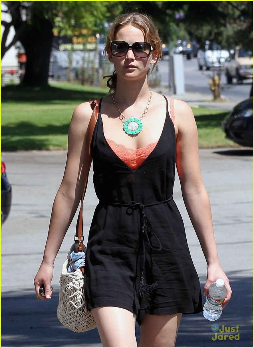 jennifer lawrence errands la 02