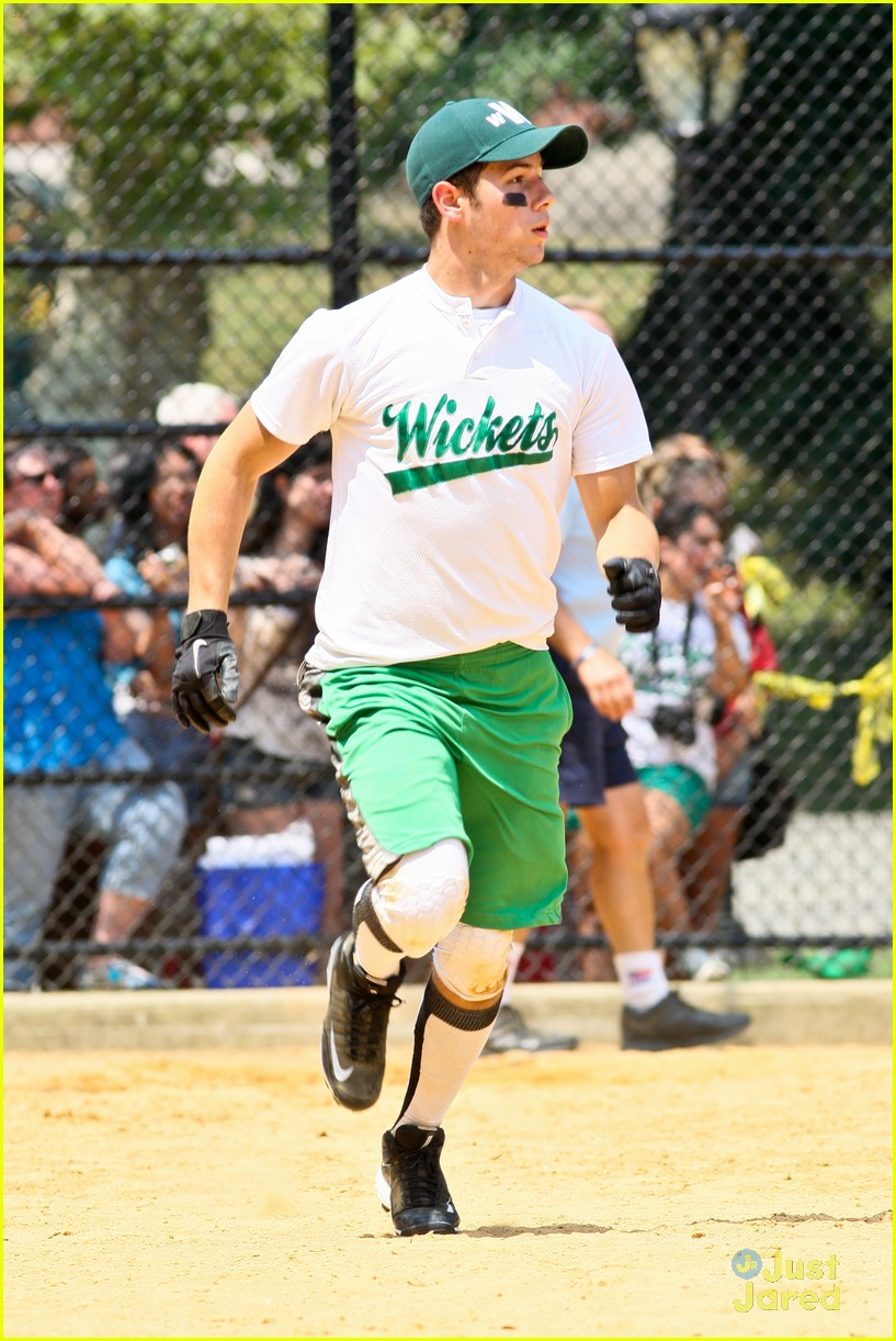 nick jonas wickets game 15