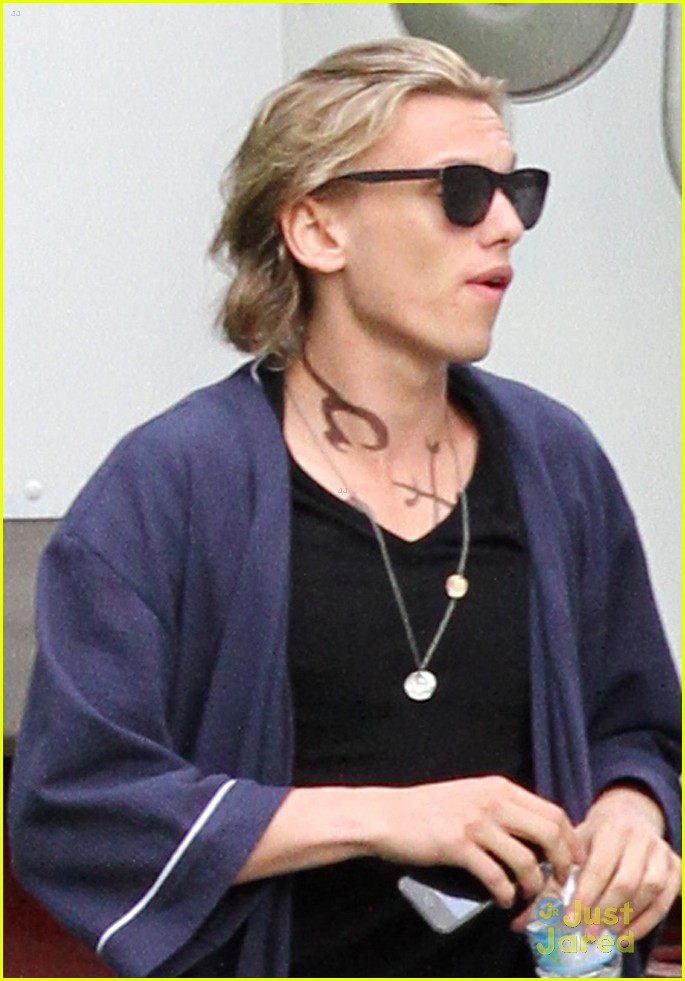 lily collins jamie bower city bones set 08