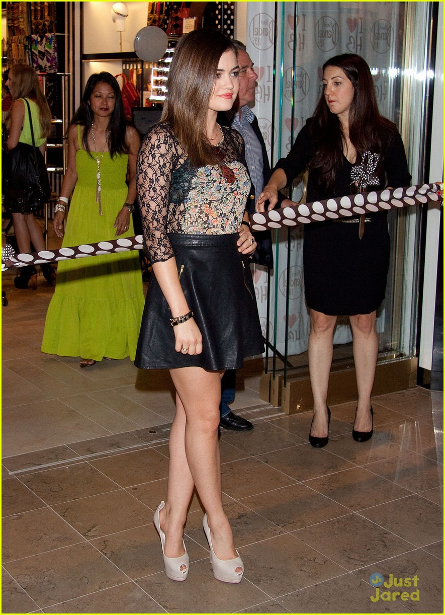 lucy hale henri bendel opening 10