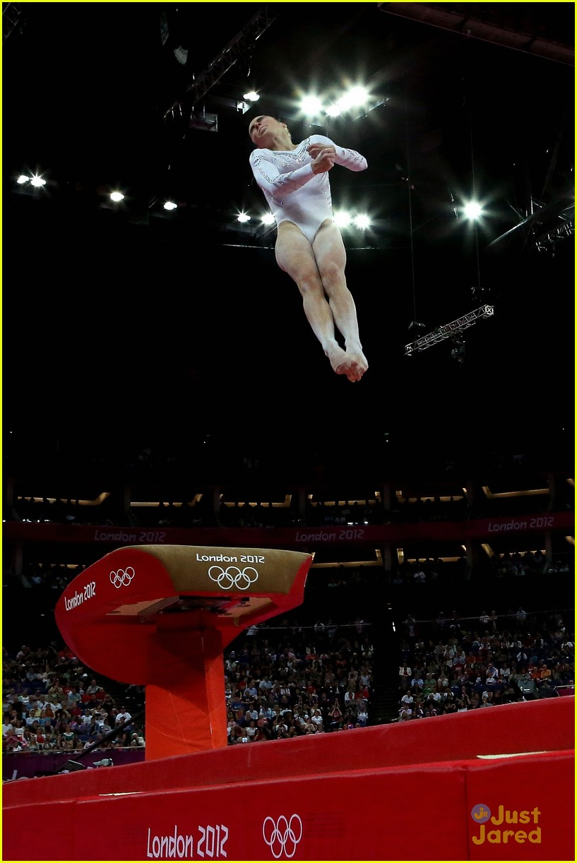 mckayla maroney silver vault olympics 06