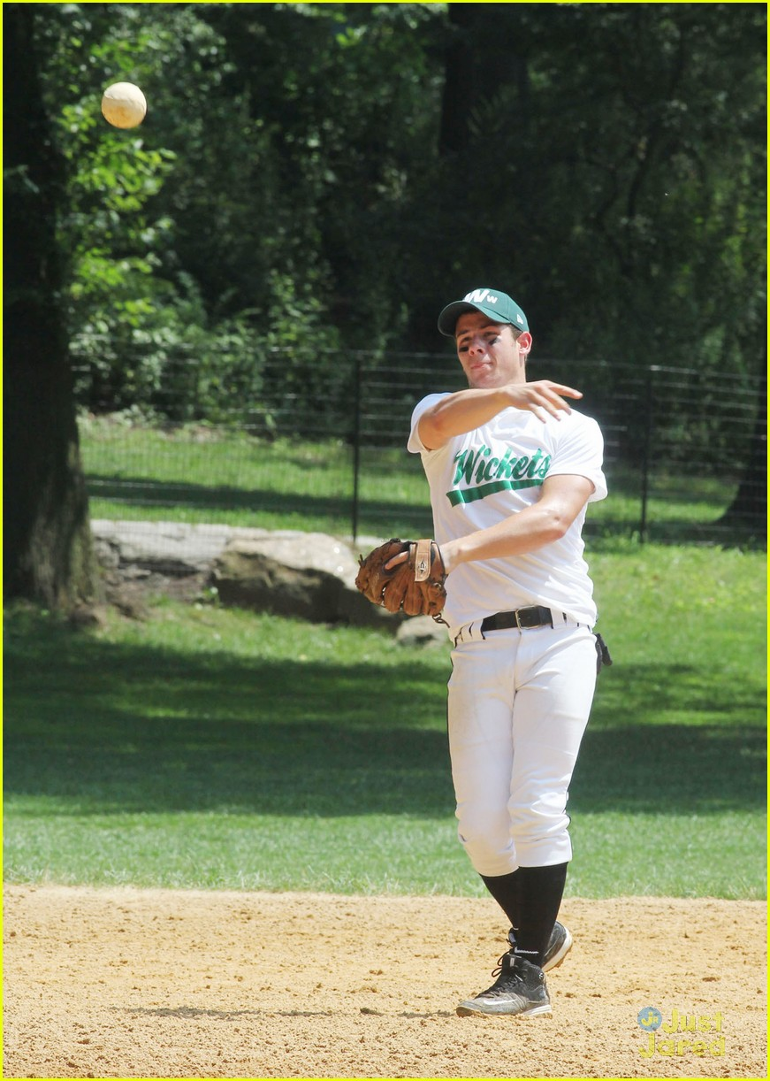 nick jonas wickets softball 07