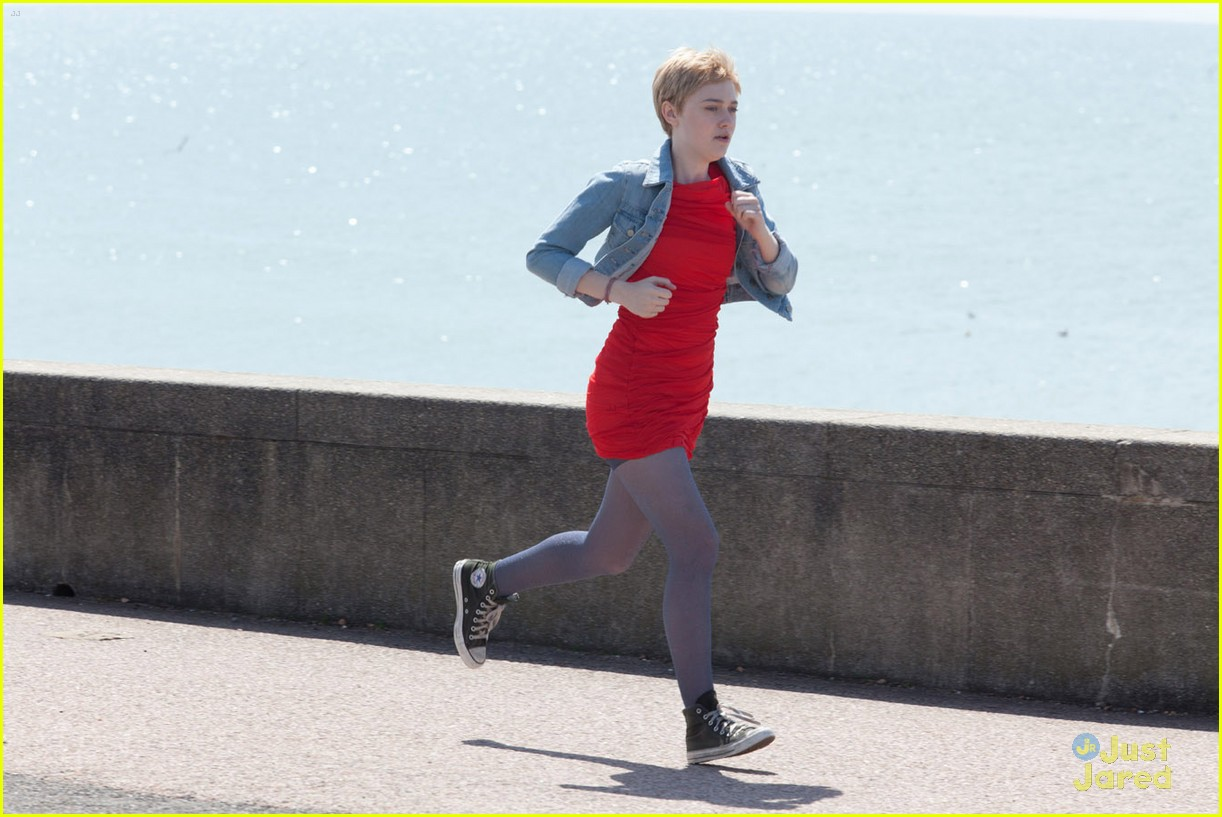 now is good stills 05