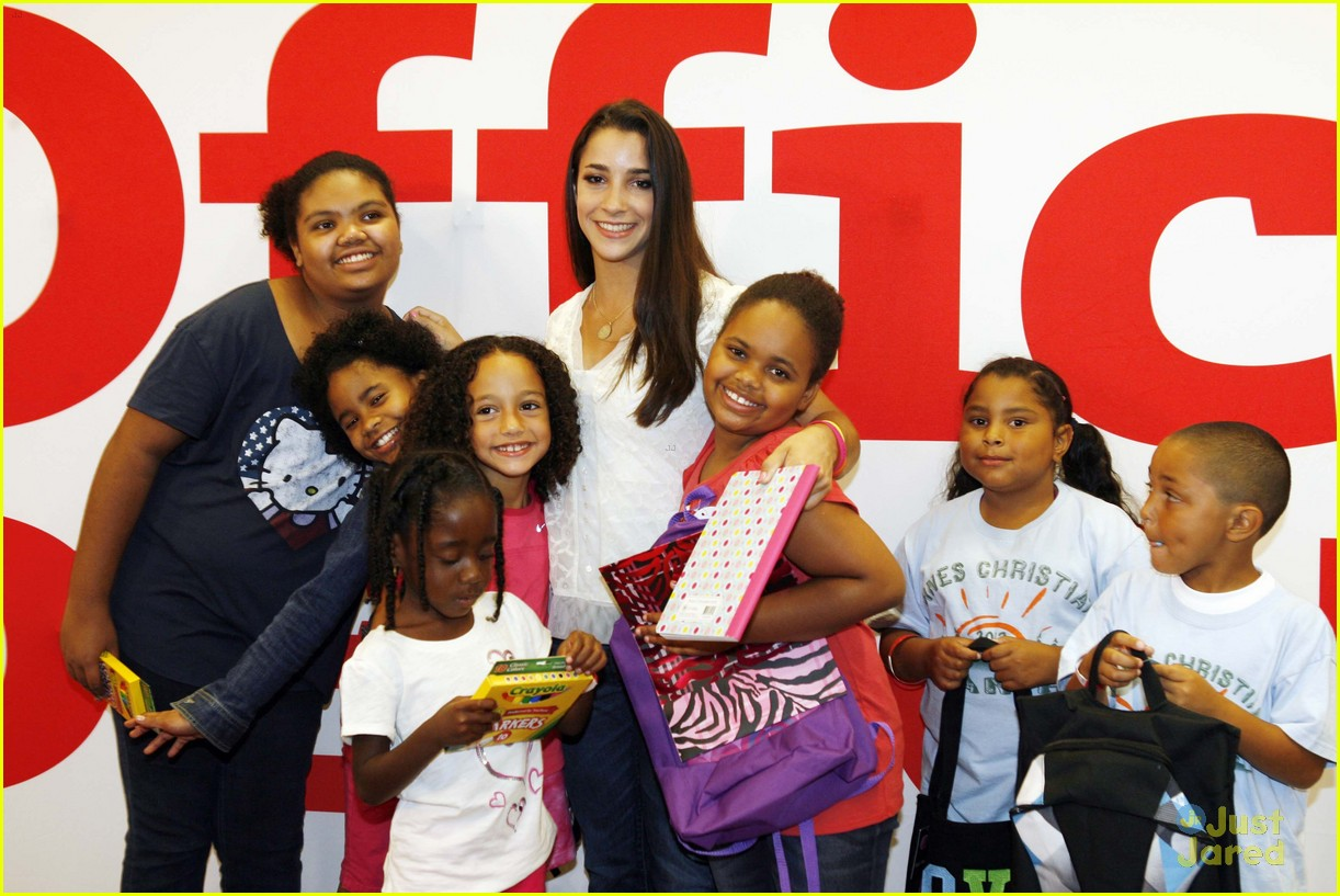 aly raisman office depot 03