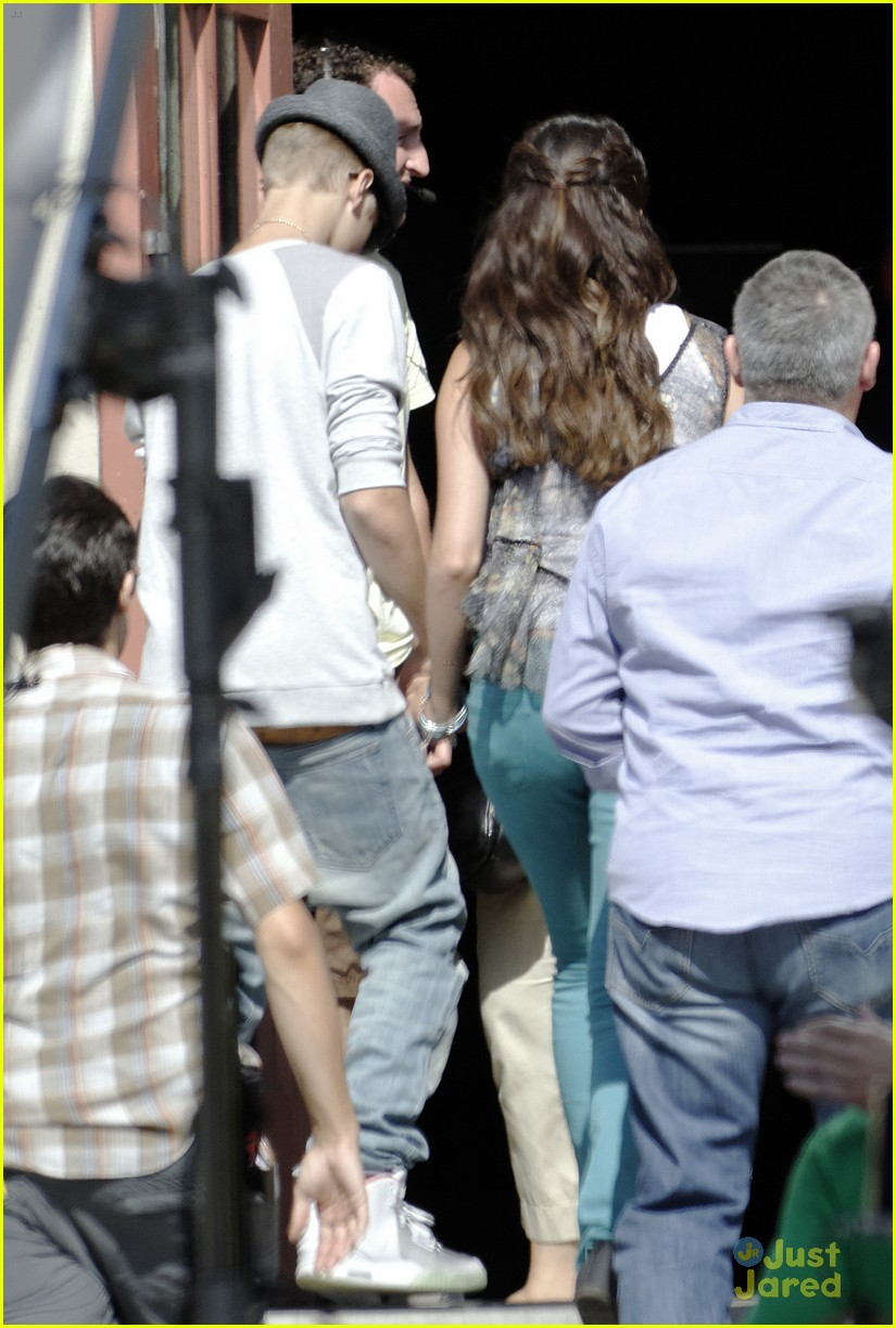 selena gomez justin bieber guidance set 06