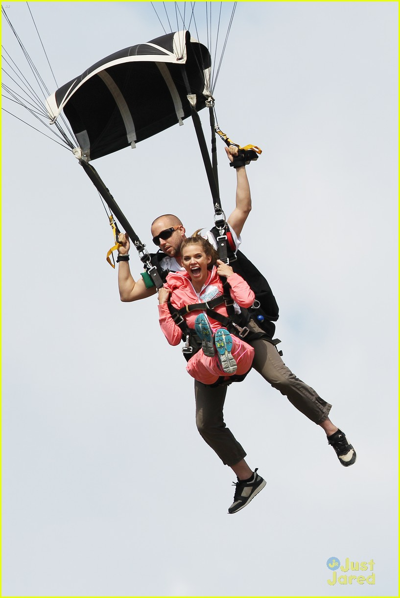 shay mitchell annalynne mccord sky dive 02