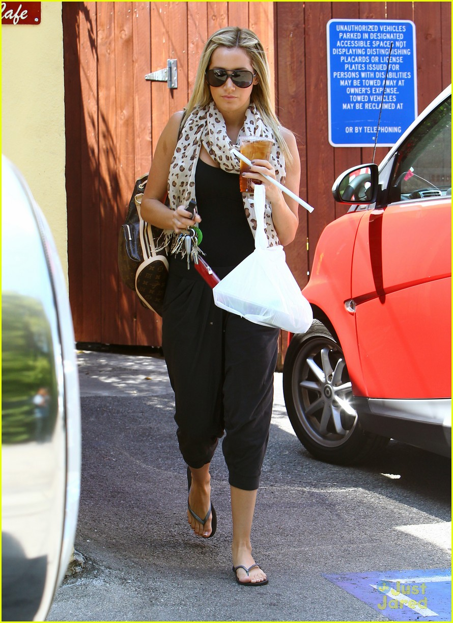 ashley tisdale take out 09