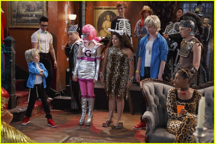 austin ally costumes courage 04