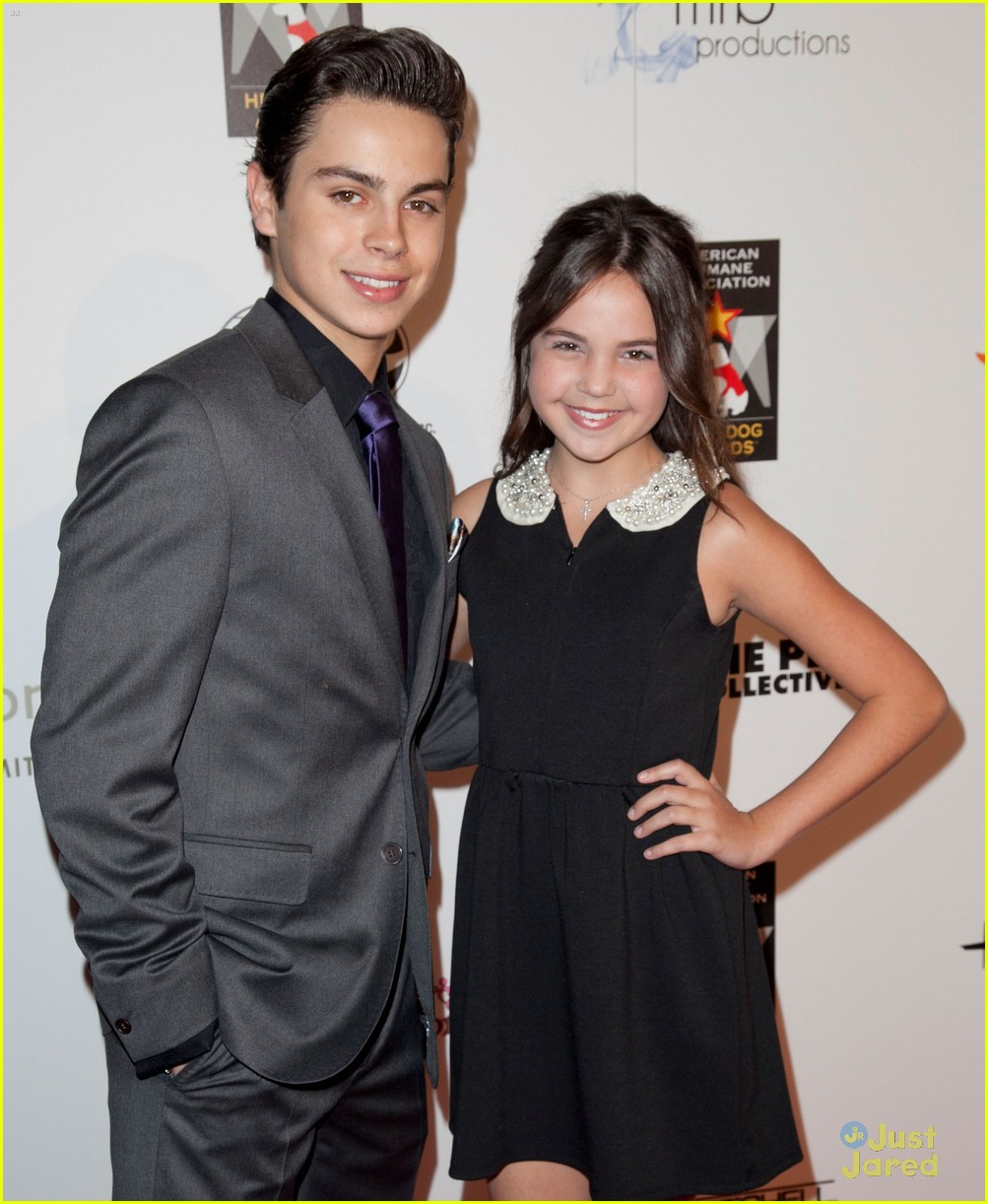bailee madison jake t austin hero dog awards 02