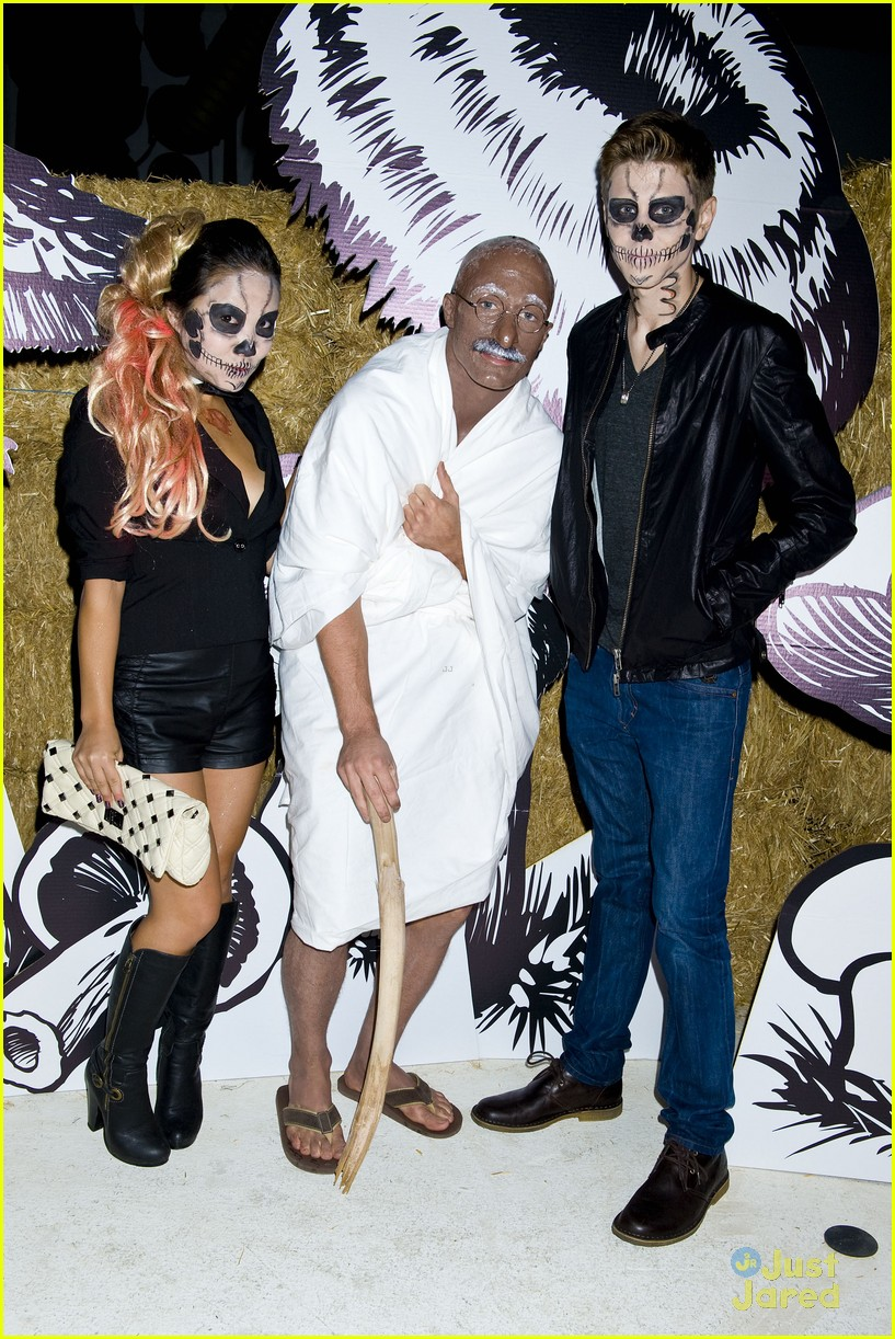 colton haynes holland roden ally maki jj halloween party 07