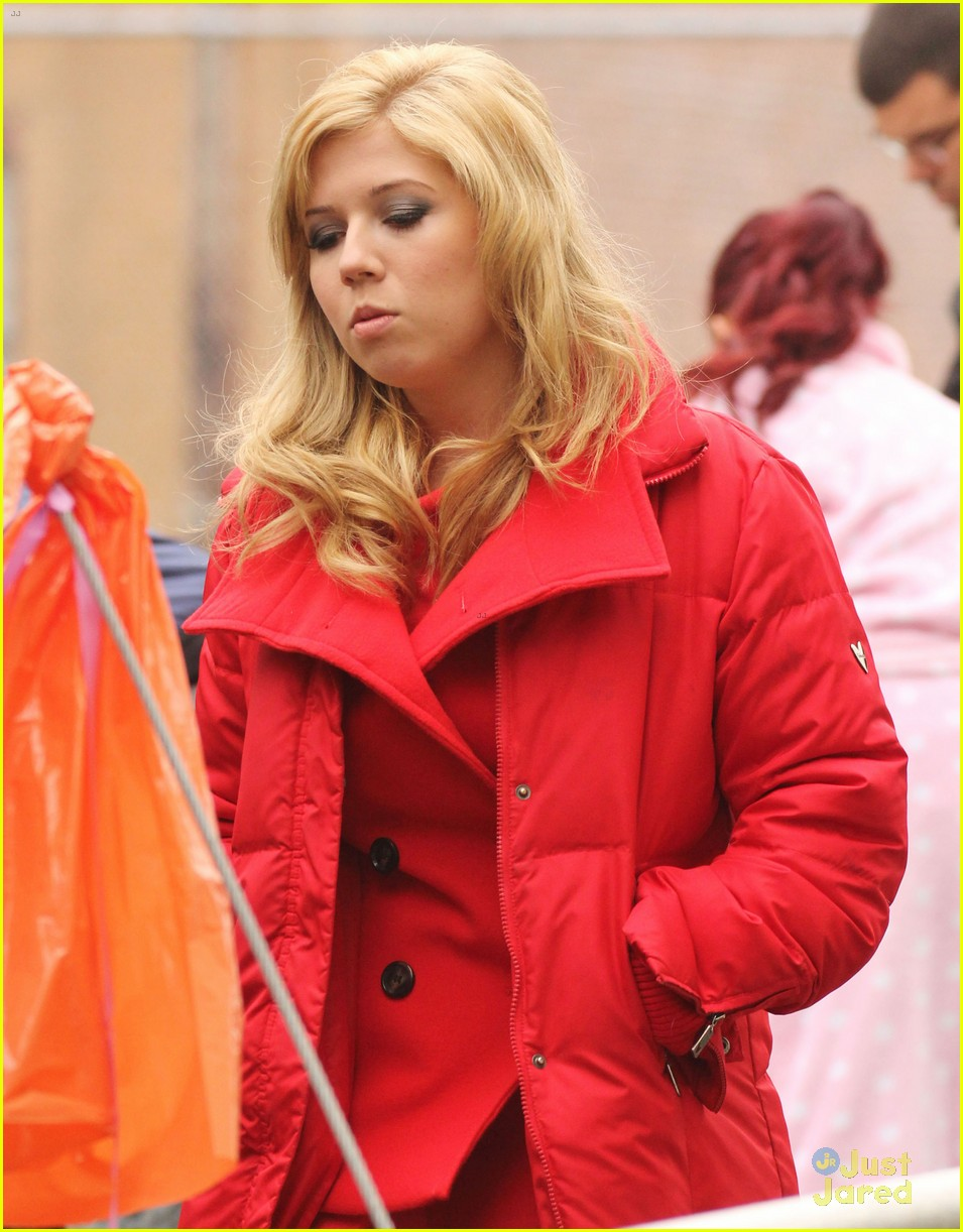 jennette mccurdy swindle set 01