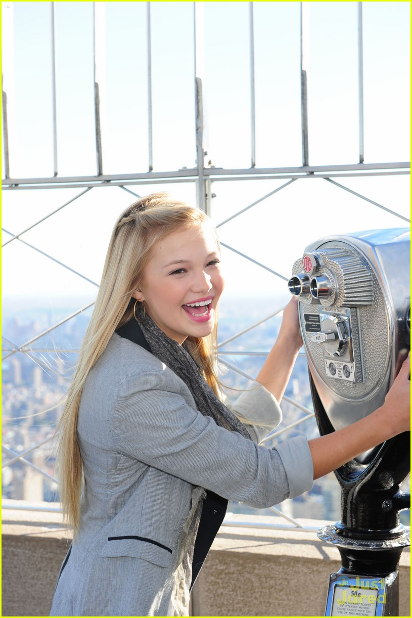 olivia holt empire state 15