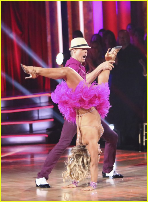 shawn johnson mambo dwts 04