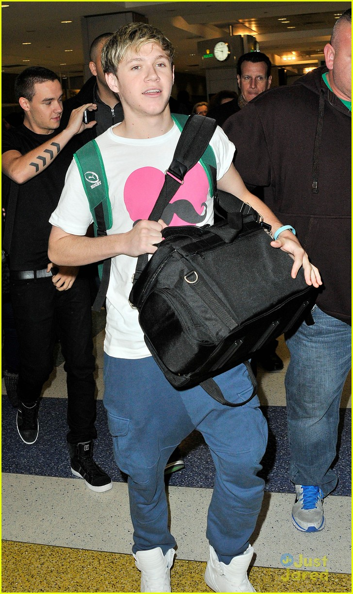 one direction jfk arrival 05