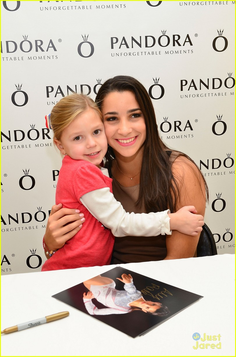 aly raisman pandora mg 05
