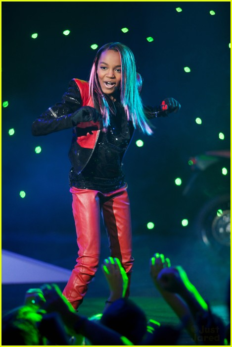 sierra lauryn china mcclain ants 08